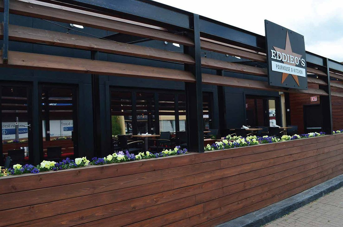 DukeCrawford-restaurant